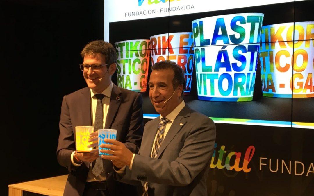 Medio millón de vasos de plástico menos en La Blanca